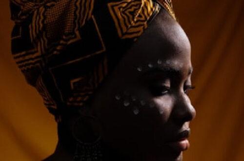 Mulheres negras e a diferença salarial no Brasil